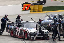 Pit stop for Sam Hornish Jr., Penske Racing Dodge