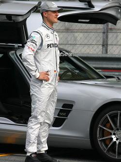 Michael Schumacher, Mercedes GP and the safety car