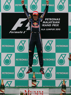 Podium: race winner Sebastian Vettel, Red Bull Racing