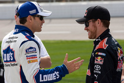 Jimmie Johnson, Hendrick Motorsports Chevrolet and Brian Vickers, Red Bull Racing Team Toyota