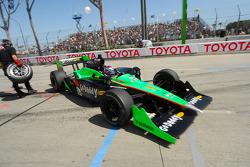 Danica Patrick, Andretti Autosport comes into the pits