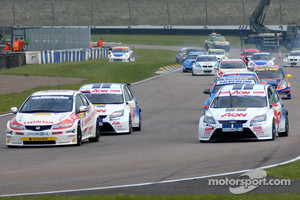 Matt Neal and Tom Onslow-Cole battle from the start