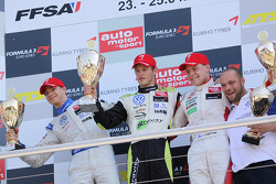 Podium: Marco Wittmann, Signature, Edoardo Mortara, Signature, Valtteri Bottas, ART Grand Prix