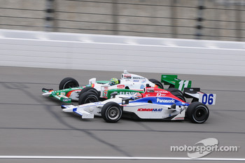 Hideki Mutoh, Newman/Haas Racing runs with Tony Kanaan, Andretti Autosport