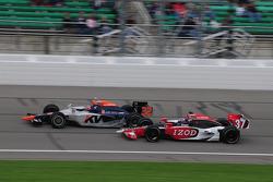 Ryan Hunter-Reay, Andretti Autosport runs with Mario Moraes, KV Racing Technology