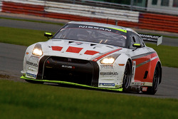#4 Swiss Racing Team Nissan GT-R: Seiji Ara, Max Nilsson