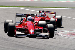 #32 Dan Daly, Reynard 92D F3000 and #21 Karl-Heinz Becker, Dallara Nissan WS