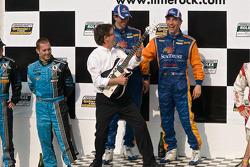 DP podium: DP winners #10 SunTrust Racing Ford Dallara: Max Angelelli, Ricky Taylor