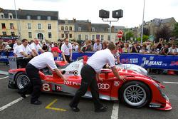 #8 Audi Sport Team Joest Audi R15 at scrutineering