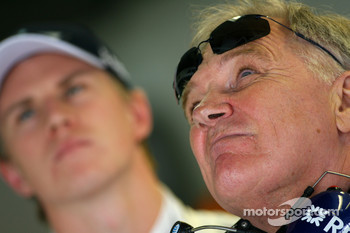 Patrick Head, WilliamsF1 Team, Director of Engineering and Nico Hulkenberg, Williams F1 Team