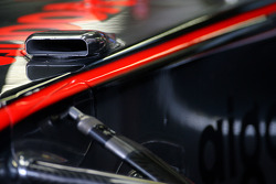 McLaren Mercedes F-duct detail