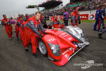 #9 Audi Sport North America Audi R15 on starting grid