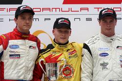 Podium: race winner Benjamin Bailly, second place Jolyon Palmer, third place Dean Stoneman