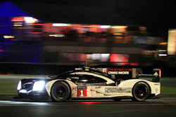 #1 Porsche Team Porsche 919 Hybrid : Timo Bernhard, Mark Webber, Brendon Hartley