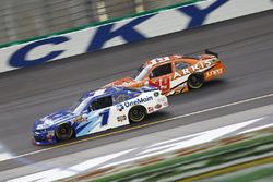 Elliott Sadler, JR Motorsports, Chevrolet; Daniel Suarez, Joe Gibbs Racing, Toyota
