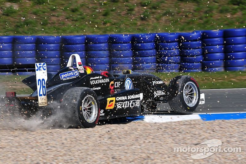 Luis Sa Silva spins, ATS Formel 3 Cup Oschersleben I 2010