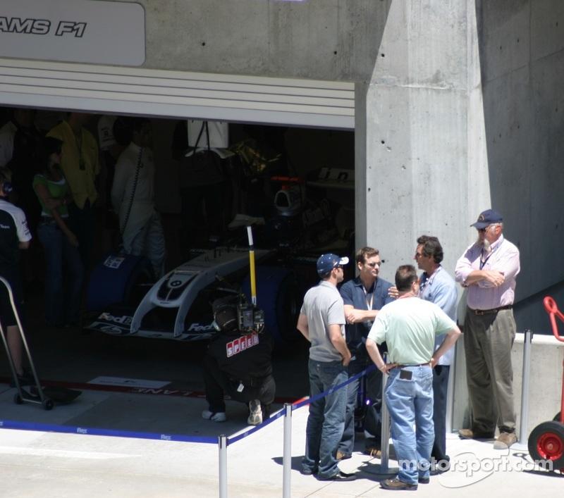 Monotya Garage 2004