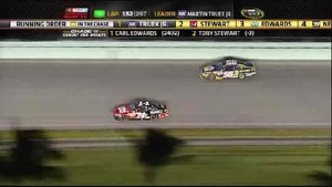 Stewart Takes The Lead - Homestead-Miami Speedway 2011