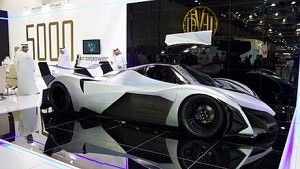 Devel Sixteen / V16 / 5000hp / 560km/h /0-60mph in 1.8 sec. - Dubai Motor Show 2013