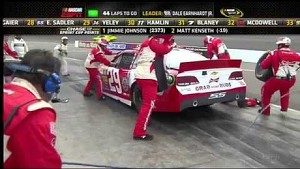 NASCAR Kevin Harvick runs out of gas | Phoenix international Raceway (2013)