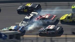 Keselowski sparks big crash in Turn 4 | Talladega (2014)