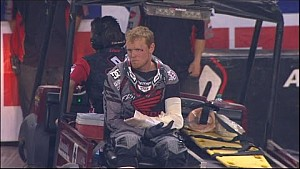 Trey Canard and Jake Weimer crash hard, bringing out red flag