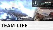 F1 race with donuts! - Lewis Hamilton vs Nico Rosberg