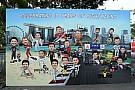 Képgaléria Szingapúrból: zajlanak az események az F1-es helyszínen