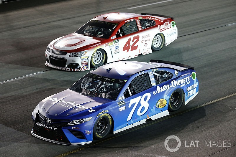 Despite Toyota dominance, Larson quietly keeping pace with rivals