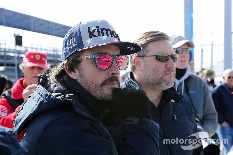 Brown espera ver a Alonso disputando el título a Hamilton