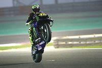Rossi újabb két évre marad a MotoGP-ben, de nem a gyári Yamahánál