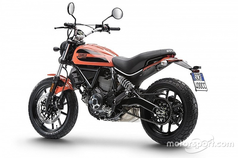 Ducati Scrambler Sixty2: Perché comprarla... e perché no [VIDEO]