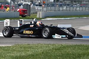 USF2000 Raceverslag USF2000 Road America: Rinus van Kalmthout wint eerste race