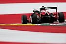 Евро Ф3 Илотт сдержал атаки Эрикссона в первой гонке Ф3 в Австрии