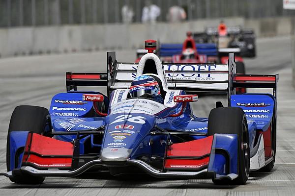 Sato mantém brilho e é pole em Detroit; Castroneves é 4º