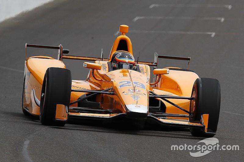 «Было непросто набрать скорость». Алонсо о первых тестах в IndyCar