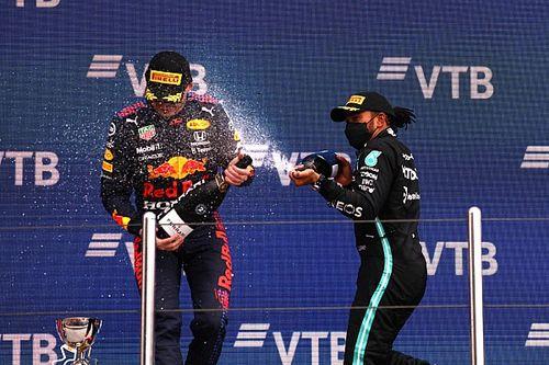 Enam Balapan Tersisa, Peluang Max Verstappen-Lewis Hamilton Sama