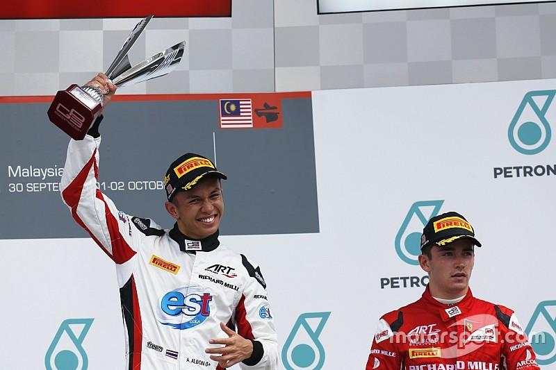 Leclerc avala el posible fichaje de Albon por Toro Rosso