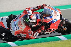 MotoGP Reaktion Ducati beim Valencia-Test: Lorenzo happy, Dovizioso kraftlos