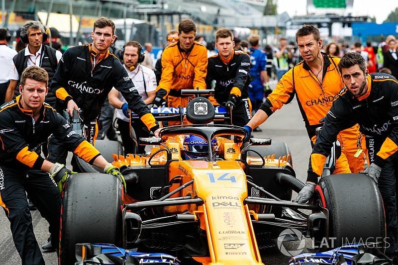 Алонсо счел ошибкой решение McLaren не менять двигатель перед Спа и Монцей