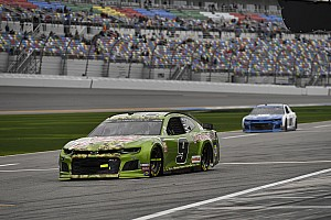 NASCAR to enforce pit road speeds in Cup qualifying