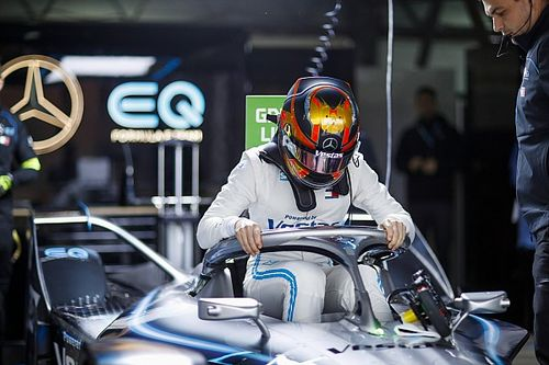 Вандорн выиграл последнюю квалификацию сезона Формулы Е