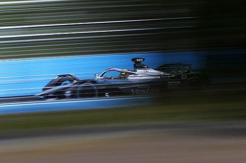 Rome E-Prix: Vandoorne survives Rowland challenge to take pole