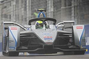 Massa, puansız geçen ilk iki yarışın ardından mutlu değil
