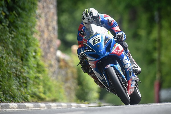 Isle of Man TT: Michael Dunlop boekt vijftiende overwinning