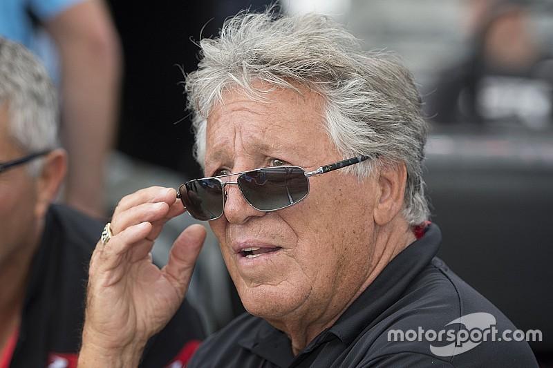«В McLaren он тратит время впустую». Андретти об Алонсо