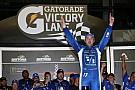 NASCAR Cup Stenhouse Jr. 'sobrevive' e vence em Daytona