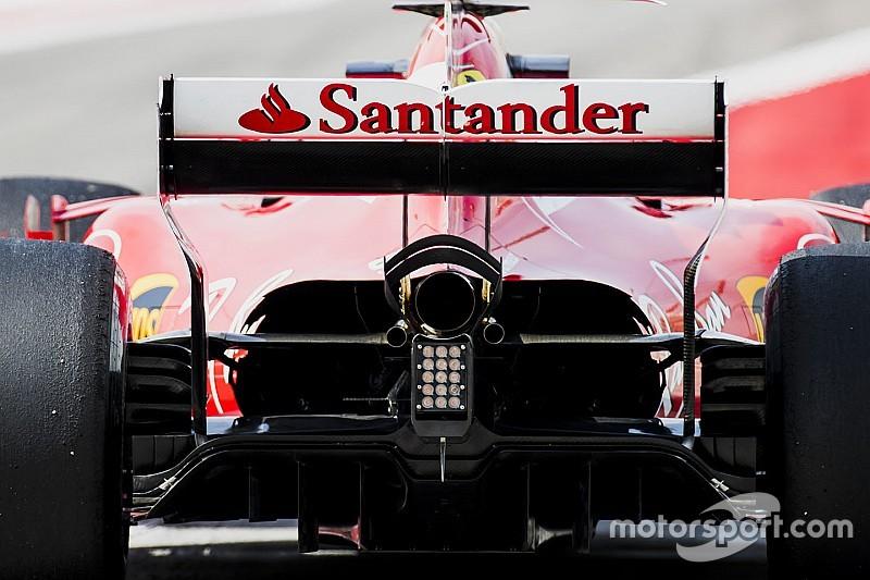 Ferrari: nyitott motorborítás, még jobb hűtés