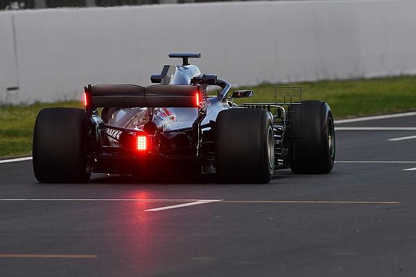 """メルセデス、FIAの要望により""""WEC式""""のレインライトをテスト"""