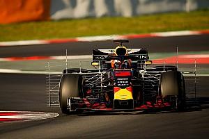 """Ricciardo: """"Ha mi nem, akkor majd talán a Ferrari támadhatja a Mercedest"""""""